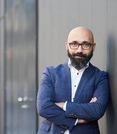 Dr Schwan Hosseiny